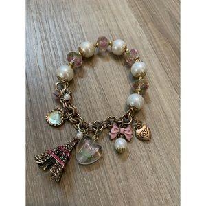 Betsey Johnson, Paris and pearl charm bracelet